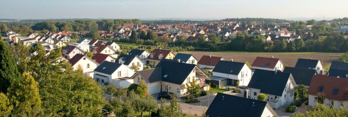 Blick auf den Ort vom Wolfsberg aus