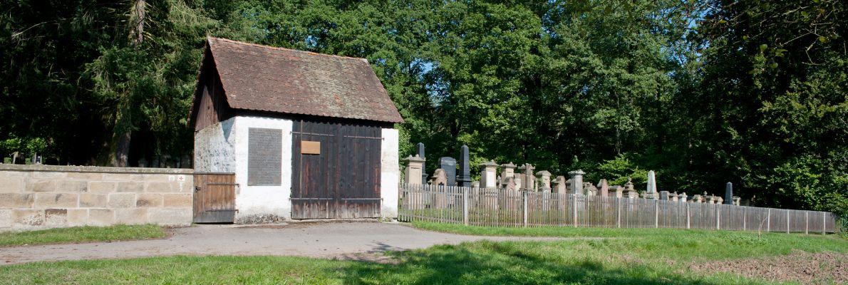Slider 19-Jüdischer Friedhof 4